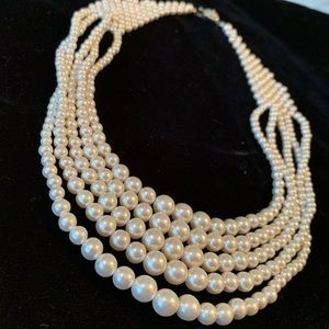 🆕🔥Pearl Layered Necklace Costume Jewel